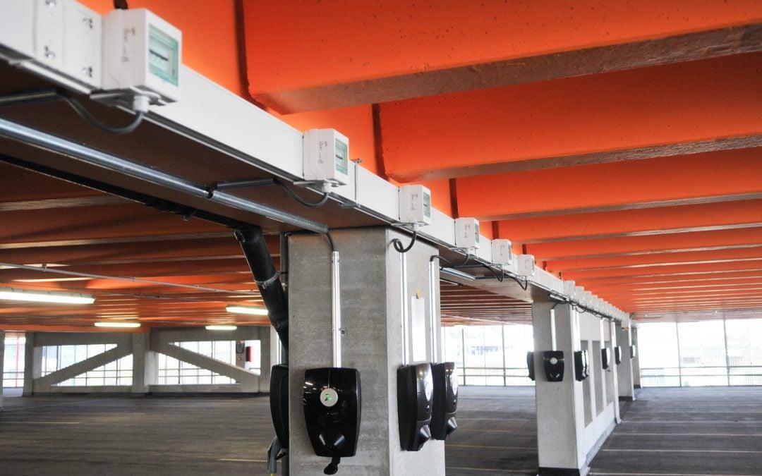Forus Parkering installerer ZAPTEC-ladestasjoner for elbiler