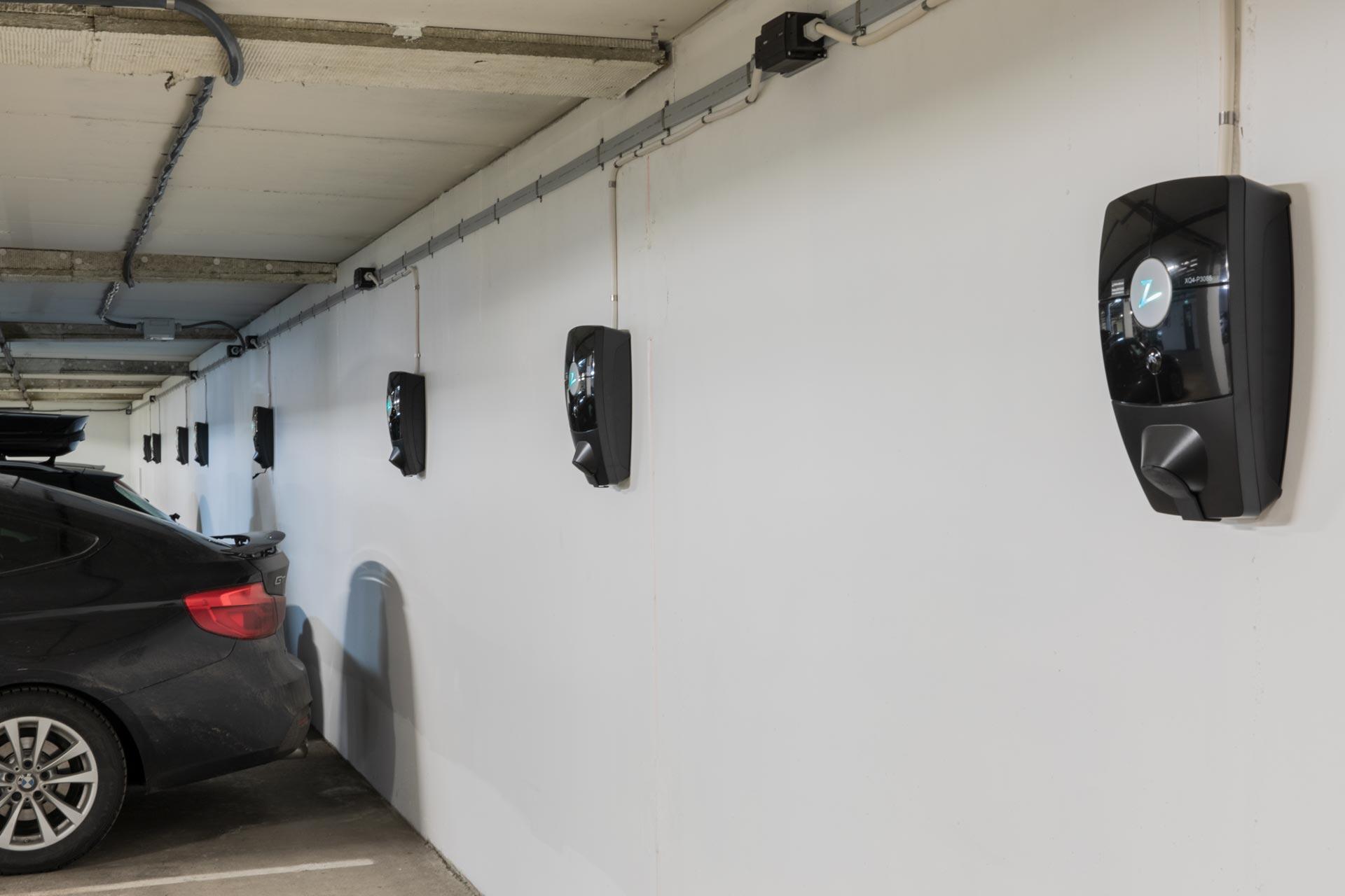 ZAPTEC ladestasjoner installert i parkeringsanlegg