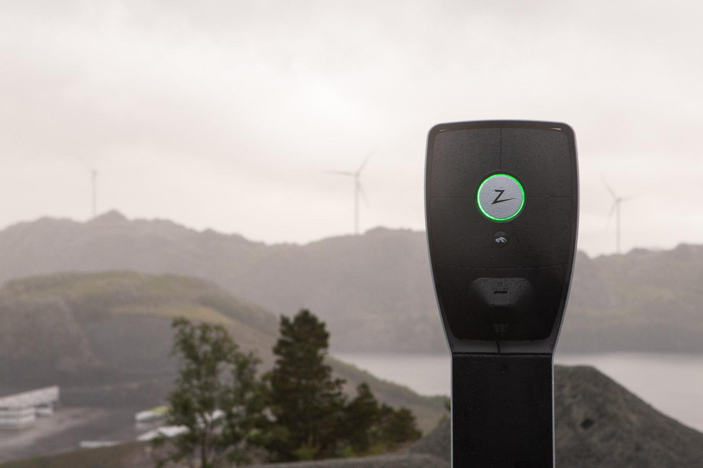 Elbillader, ZAPTEC Pro, laget i Norge